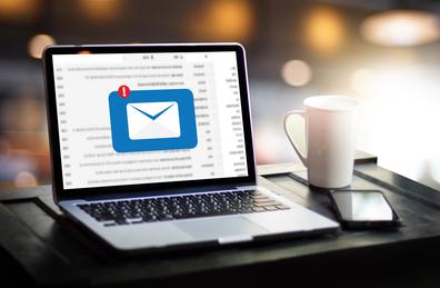 Découvrez les bonnes méthodes pour adapter votre stratégie emailing au secteur B2B sans faux pas.